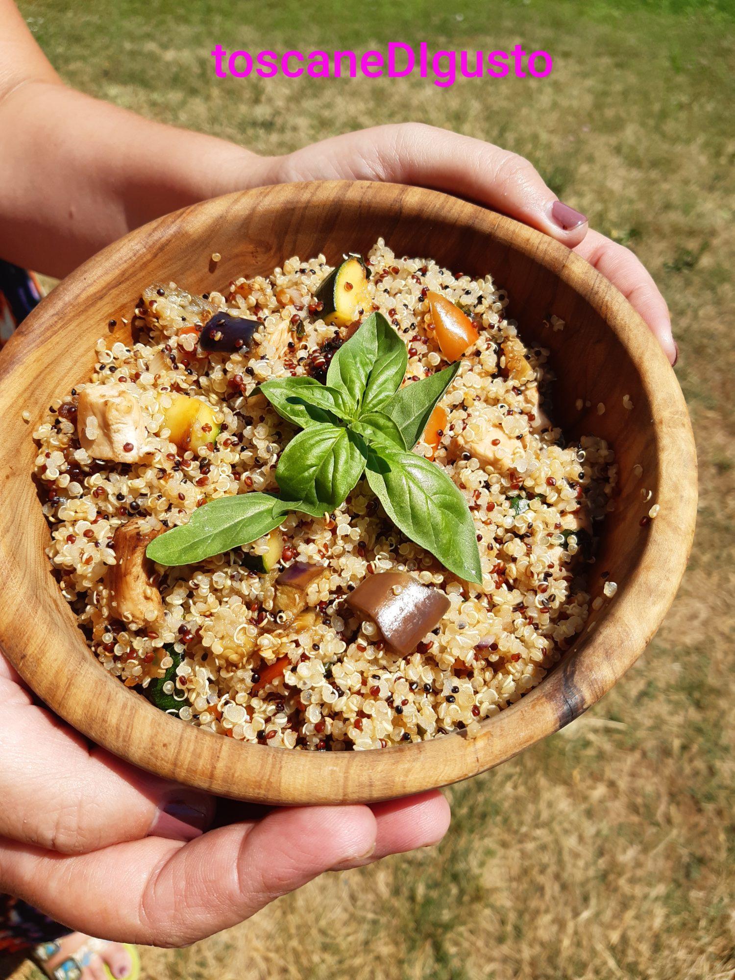 Ricette Con Quinoa Pollo E Verdure.Quinoa Con Pollo E Verdure Alla Salsa Di Soia Toscane Di Gusto